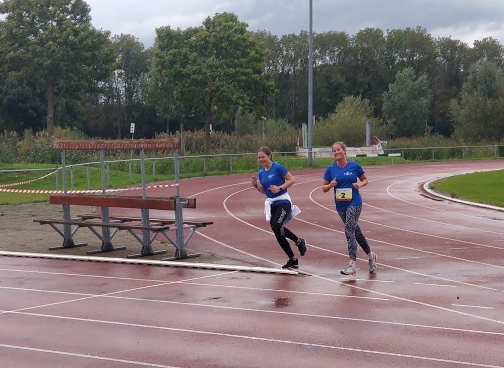 Papendorpse Run - Isabelle en Marit
